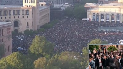 0418_Armenia_politics_demostration against PM 5 Republic square in Yerevan, #Armenia