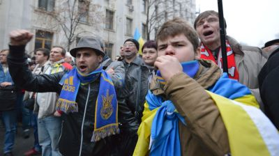 Ukraine government faces gauntlet of populism, parliamentary discontent