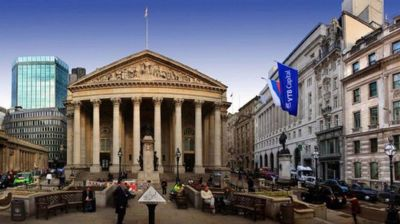 Russia's VTB pushes ahead with London investor forum