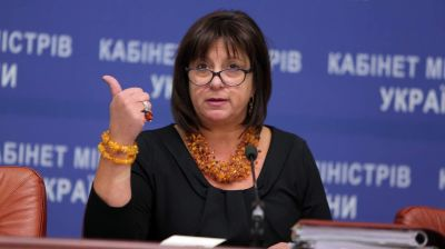 Ukraine's president offers Jaresko, Sadovyi for PM