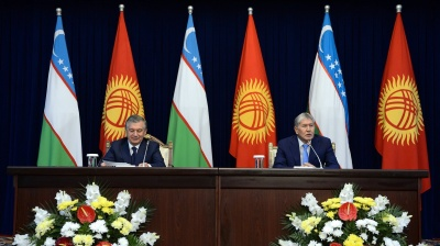 """Historic"" Uzbek-Kyrgyz summit sees breakthroughs on borders, hydropower"