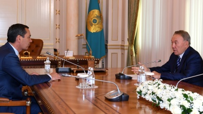 Kazakh president's meeting with Kyrgyz presidential candidate raises controversy