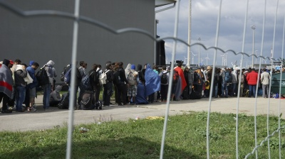 Brussels presses Visegrad states on migrant quotas