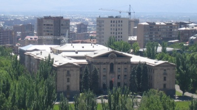 Armenian MPs vote down proposal to consider quitting EEU