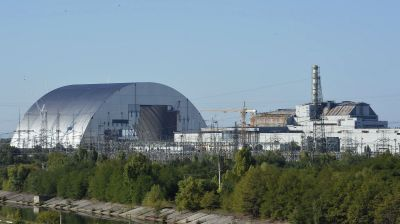 Bolting the 100-year lid on Chernobyl