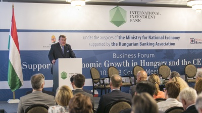 CONFERENCE CALL: IIB clinches deals at Budapest forum to chorus of praise for Hungary's economic model