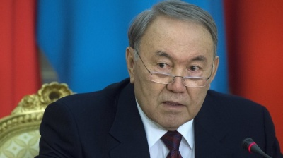 "Kazakh President Nazarbayev's ""serious redistribution of powers"" goes out for consultation"