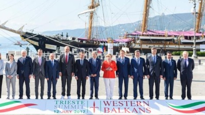 Six Western Balkans leaders endorse plan on regional economic area
