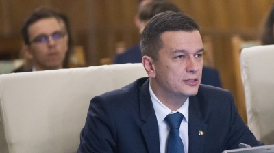 Romanian PM isolated and under pressure to resign