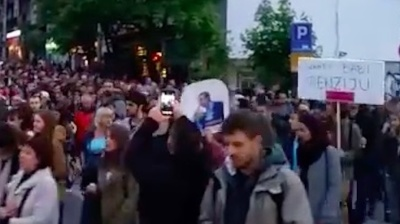 Serbian protesters liken president elect Vucic to Turkey's Erdogan