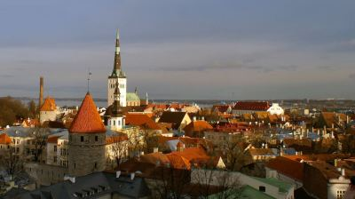 Estonian economic growth grinds to six year low in 2015