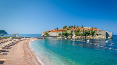 Montenegro plans to privatise tourist resorts in 2017