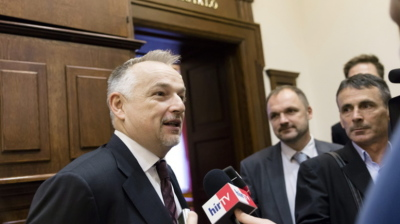Hungary rejects Croatia's extradition request for MOL's chairman