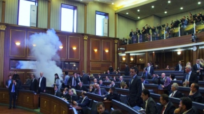 Kosovo to secure parliament against tear gas attacks