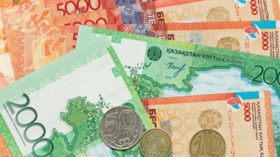 Kazakh currency strengthens but foreign reserves continue fall