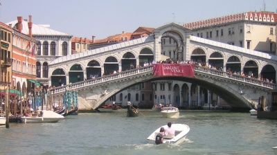 Kosovan nationals arrested over plot to blow up Venice's Rialto bridge
