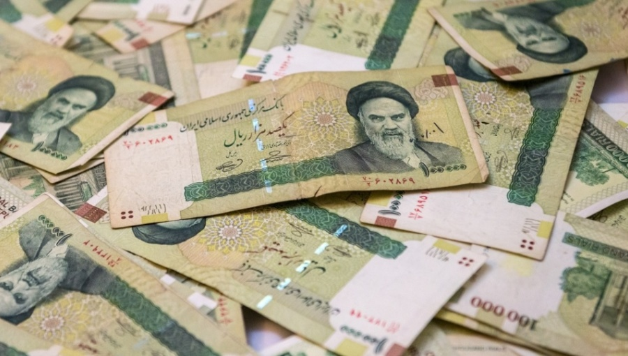 Bne Intellinews Iran Halts Rial Run By Banning Open Market Rates