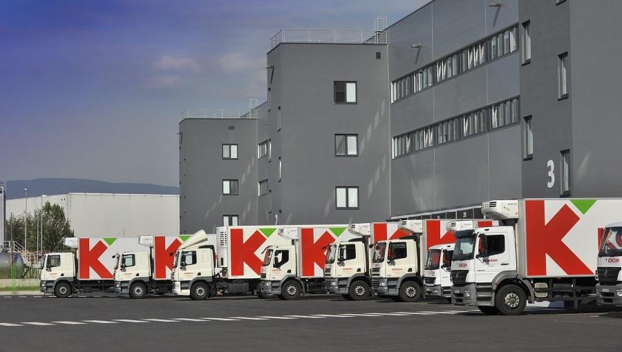 http://hrvatskifokus-2021.ga/wp-content/uploads/2018/07/agrokor-konzum-vans-Cropped_1.jpg